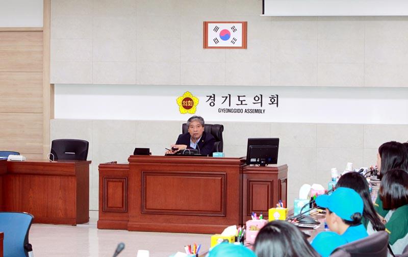 송한준의장,꿈나무기자단과 청소년기자단..