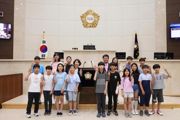 용인시의회 청소년 지방자치아카데미, 한빛초·능원초·신릉초·모현초 참여
